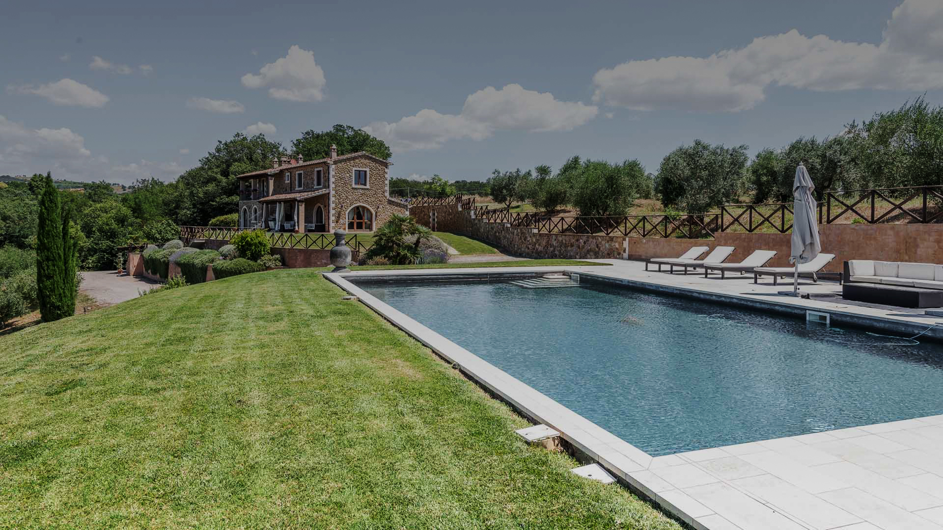 Stone farmhouse in southern Tuscany for sale realestate